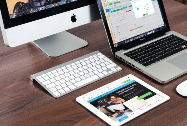 Desktop, laptop, iPad website